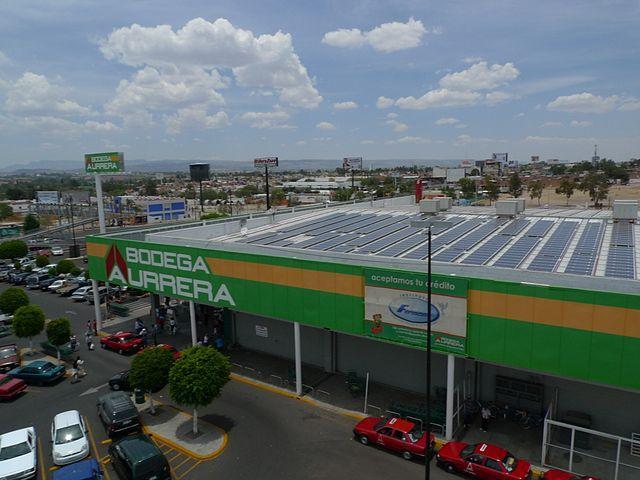 Una tienda de Bodega Aurrea en Aguascalientes. Wikimedia